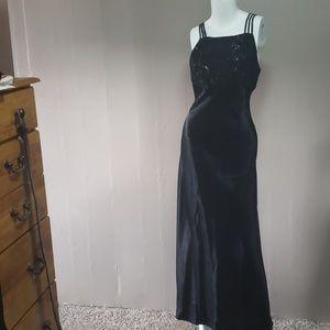 City Triangles Black Sheath Dress Sz 5